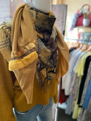 Sjaal mosterd met bont Mosterd