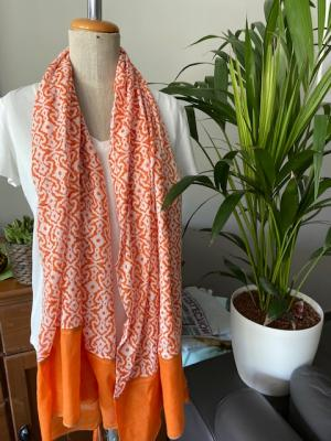 Sjaal Oranje-wit logo