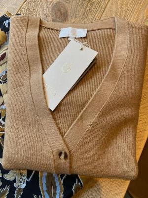 Seyda Knit Cardigan logo