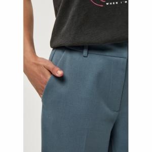 Amber Pants logo